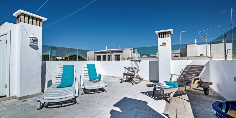 Enjoy this roof space for some private and tranquil sunny times