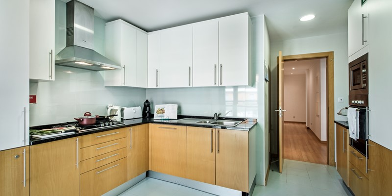 A Clean And Fresh Well Equipped Kitchen