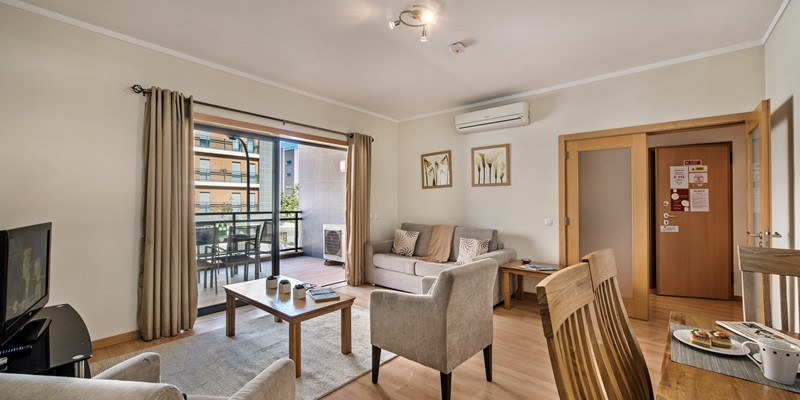 Bright And Pleasant Open Plan Living